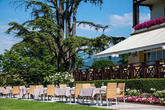 Hotel Ermitage - Evian Resort: Facade Hotel Ermitage
