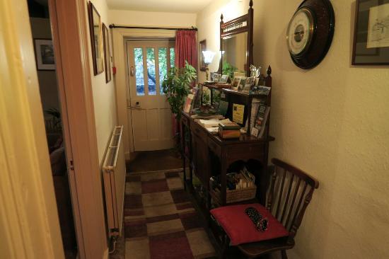 Nab Cottage: IMG_1180_large.jpg