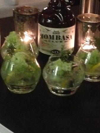 Restaurang Agatan 3: Gin, gurka, en