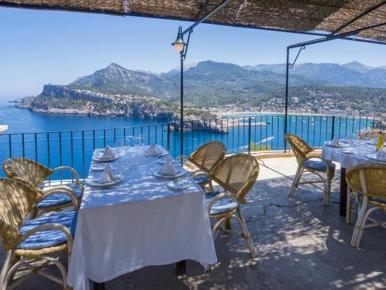 Restaurante es faro en s ller con cocina tapas - Restaurante el faro madrid ...