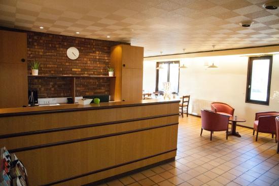 Hotel Inn Design Resto Novo Bourges : La réception