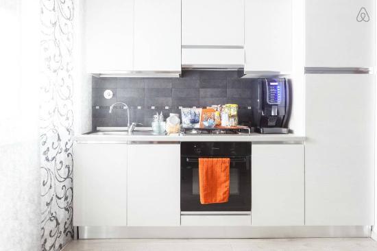 B&B Foscari House: cucina soggiorno
