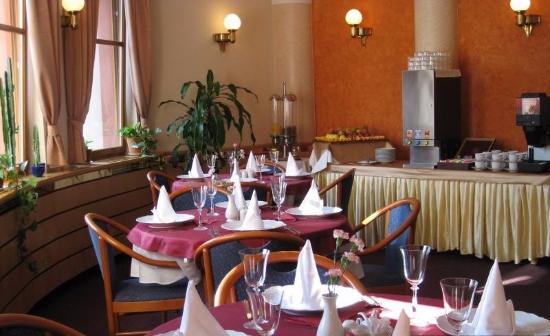 Spa Hotel Ambiente: Ресторан