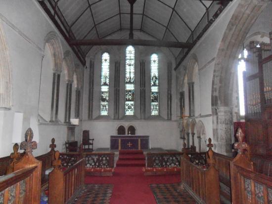 Woodchurch, UK: interior of church