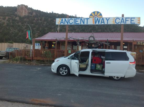El Morro RV Park & Cafe: Ancient Way Cafe closes early!