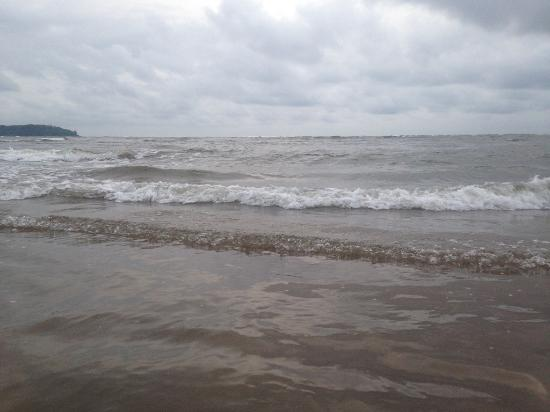 Hotels Near Miramar Beach Panjim Goa