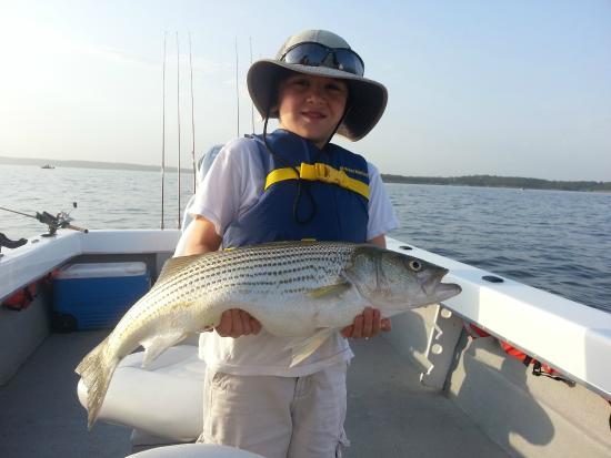 Pottsboro, TX: Lake-Texoma-Fishing-Guides