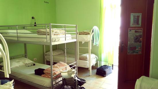 Hostel Mancini: Mixed Dormitory