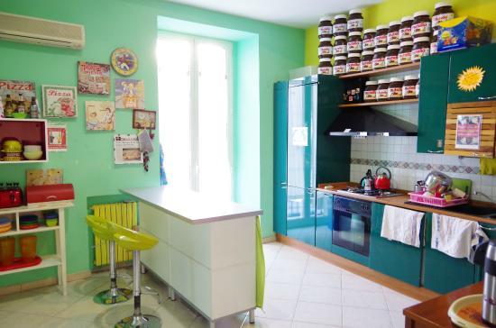 Hostel Mancini: Kitchen