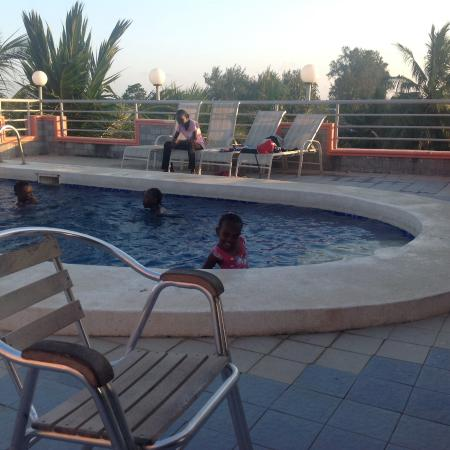 The Monalisa Hotel : Pool side