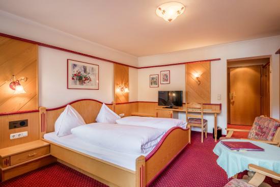Hotel Alte Post: Alte Post Doppelzimmer in den Kitzbüheler Alpen hotel