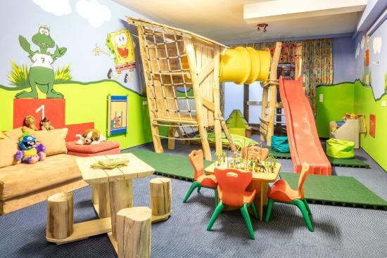 Hotel Alte Post: Kinderspielplatz in Fieberbrunn