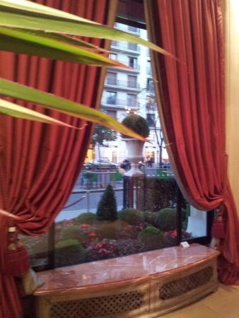 Le Bar du Plaza Athenee: hall