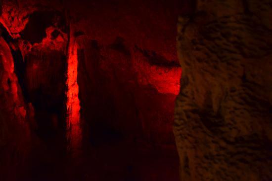 Zoniana, Grecja: пещера