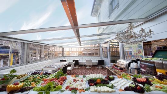 Sultan Tughra Hotel: Breakfast