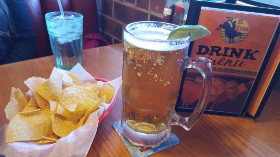 """El Toro Mexican Restaurant: chips and the """"big"""" Dos Equis"""