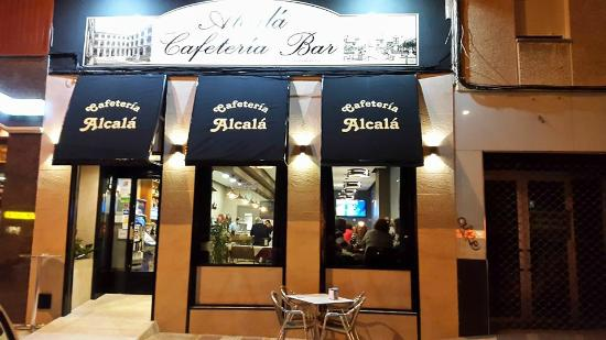 Cafeteria Alcala reformada
