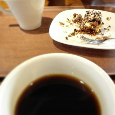 Jarvenpaa, ฟินแลนด์: We was leaving from Järvenpää to home and need some coffee break. And this was very good choice.