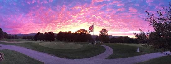 Pittsford, Вермонт: Sunset from the clubhouse
