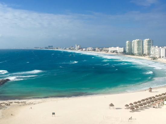 Hyatt Ziva Cancun Beach View From Club Level