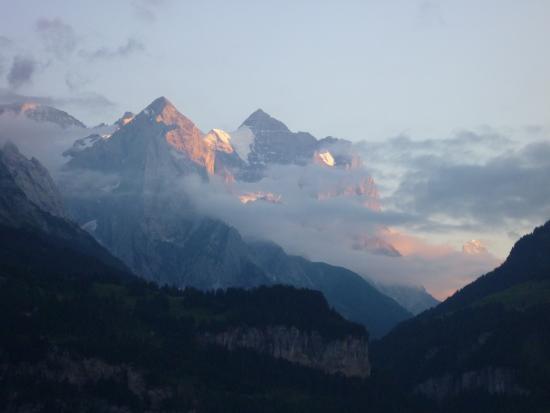 Hasliberg, Schweiz: Aussicht vom Garten aus