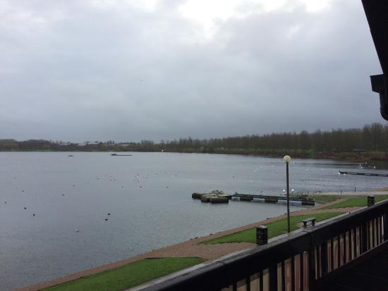 Premier Inn Milton Keynes East (Willen Lake) Hotel: photo1.jpg