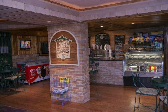 Isla Grand Beach Resort: Coffee Shop and Deserts