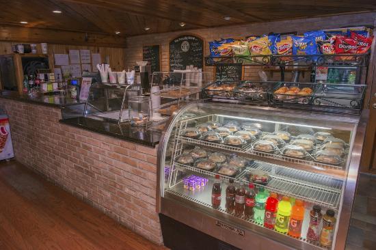 Isla Grand Beach Resort: Bagels and Ice Cream Shop