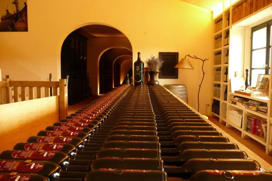 Tuscany by GC: Wine cellar