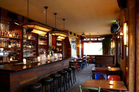 Binnen Buiten Amsterdam.Bar Foto Van Cafe Binnen Buiten Amsterdam Tripadvisor