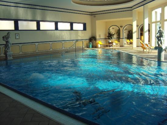 Hotel terme helvetia abano terme prezzi 2018 e recensioni - Terme di castrocaro prezzi piscina ...