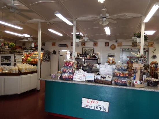 Merced Fruit Barn: store