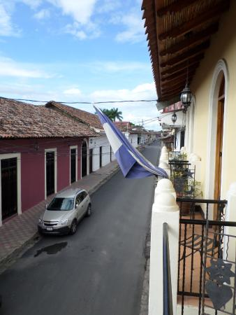 Hotel Terrasol: The street outside