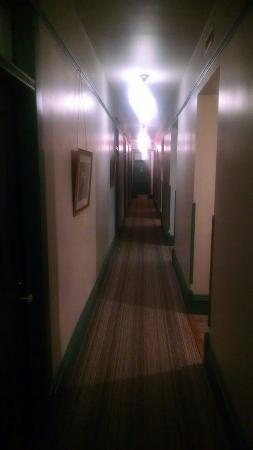 Grand Hotel: IMG_20151004_211940626_large.jpg
