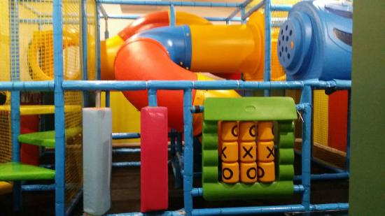South Eastern Hotel: Kids play area off the main dining room
