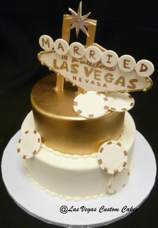 wedding cakes las vegas reviews gold vegas themed wedding cake picture of las 24881