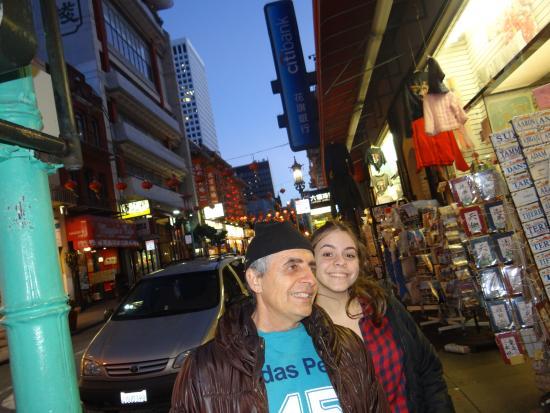 Stockton Street : a rua na altura da China Town