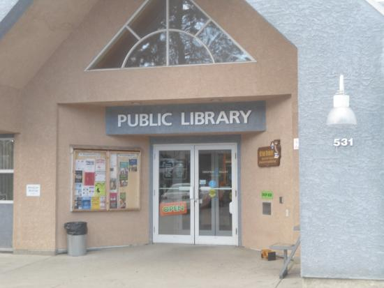 Creston, Kanada: New Public Library, a special place especially for children and seniors