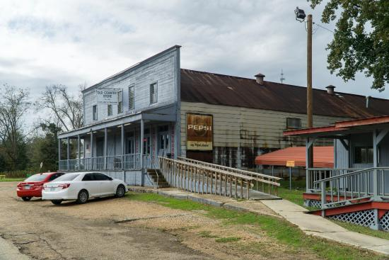 Lorman, MS: Old Country Store