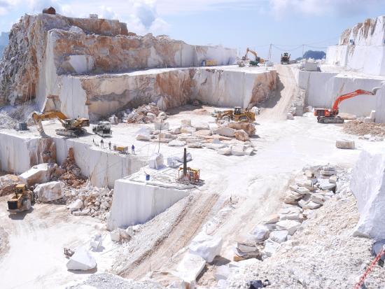 Quarry Vista Picture Of Carrara Marble Quarries Tours