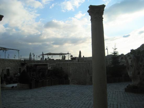 Yunak Evleri: hotel grounds