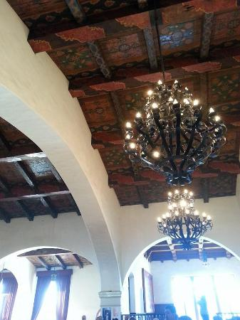 Rivera del Pacifico: Hand painted ceilings - Feb 2015