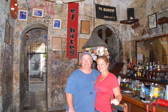 El Batey : We loved this bar!