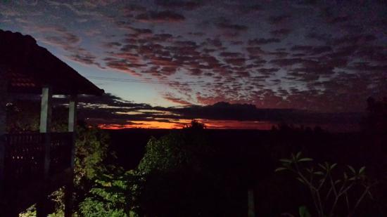 Abadiania, GO: Por do sol Casa Dom Inacio de Loyola