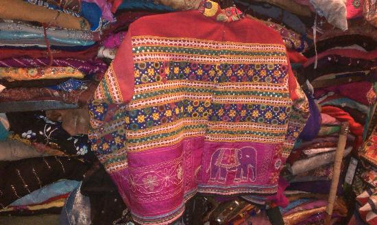 Raja Handicraft