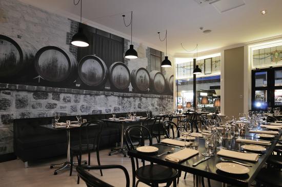 1862 Wine Bar & Grill