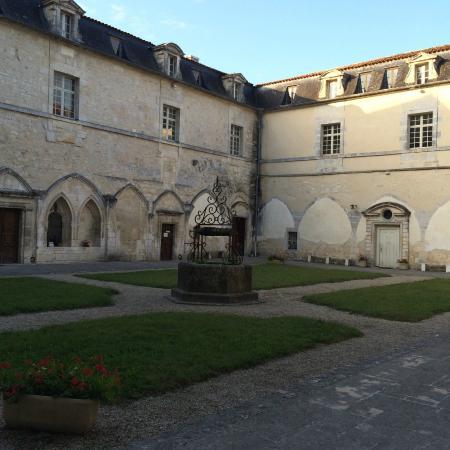 Abbaye de Bassac n.