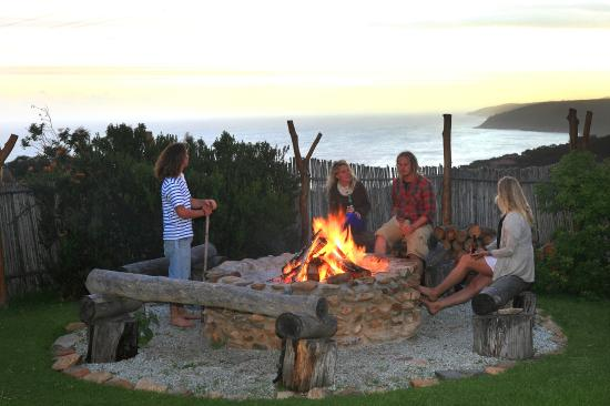 The Wild Farm Backpakers: Braai area