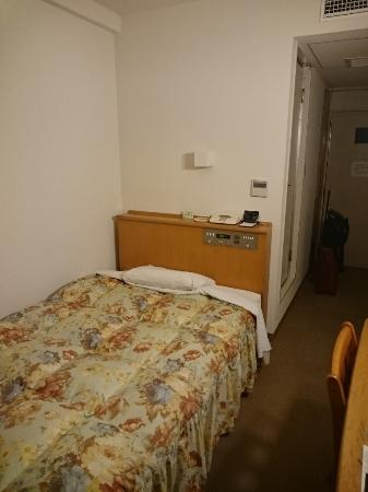Persimmon Hotel : 広い客室でした。