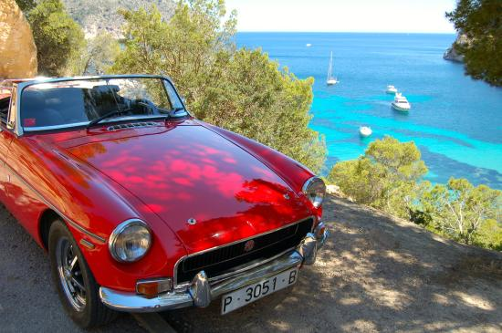 Alaro, Spain: MGB Scarlett 1.8 Roadster